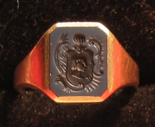 golden seal ring