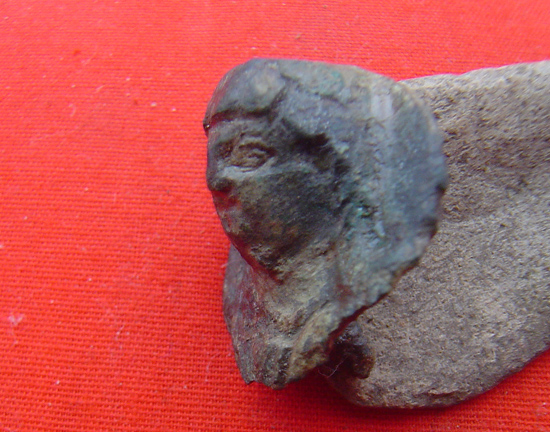Een zeldzaam bronzen Beslag Bodemvondsten site jozefherman.nl