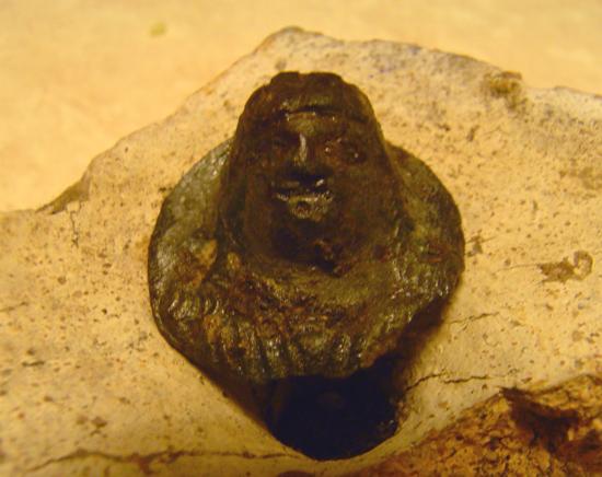 Romeins bronzen beslagstuk, bodemvondsten site jozefherman.nl