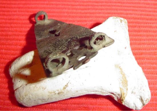 bodemvondst van een Romeinse artefact onderkant