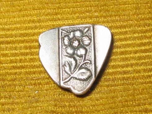 bodemvondst van een Romeinse zilveren sieraad