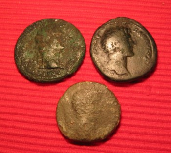 Roman sestertius Titus Flavius Caesar Dominitian